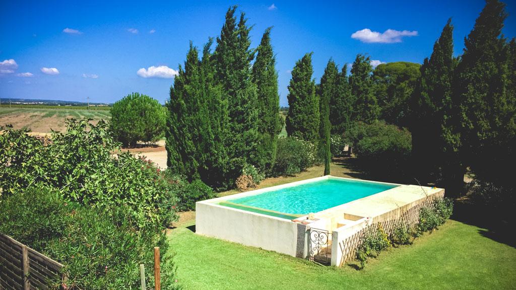 Swimming pool Domaine d'Espeyran